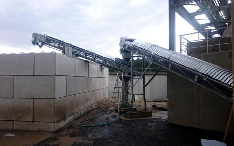 Manutention de boues industrielles en papeterie - sortie de vis sans fin