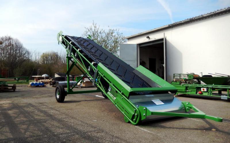 Conveyor belt grasshopper Manubloc with guiding boards