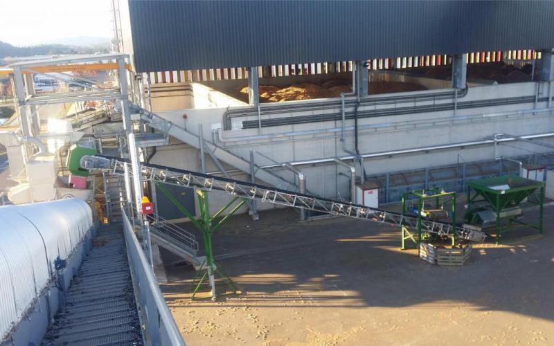Trémie, overbande, convoyeur et extracteur à bande Tecnitude Biomasse