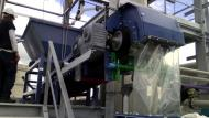 Extractor belt in action